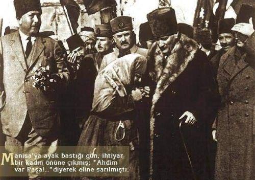 Atatürk_148796_140308736020904_2749782_n